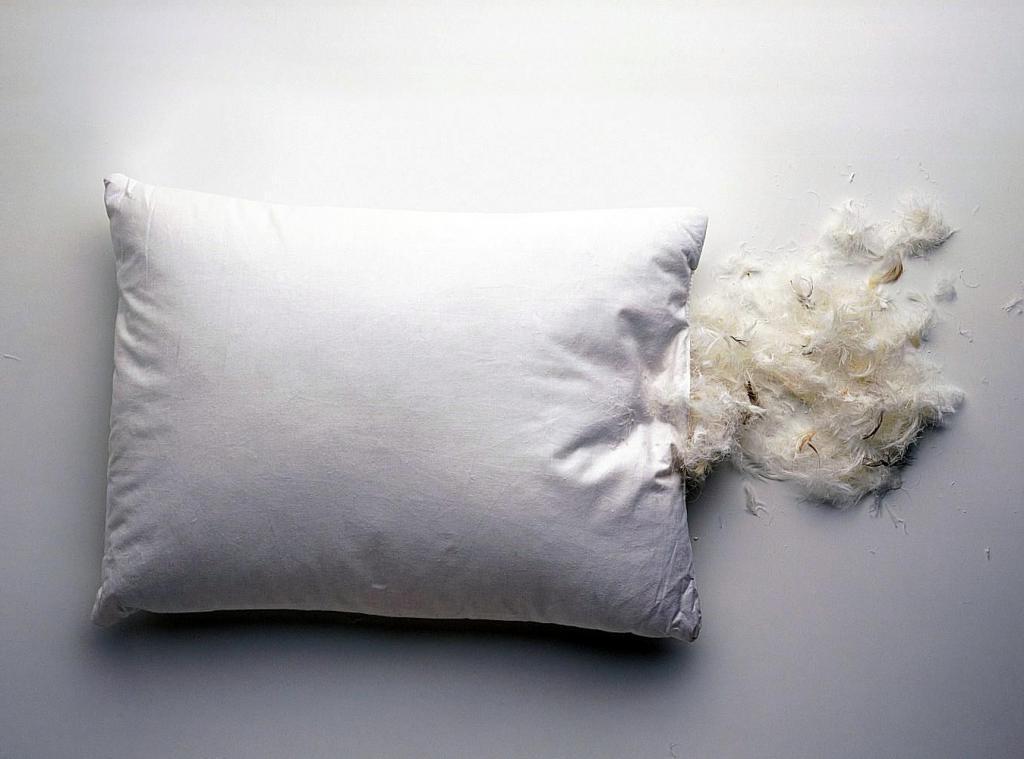 Перьевая подушка