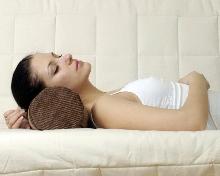 валики для сна под шею